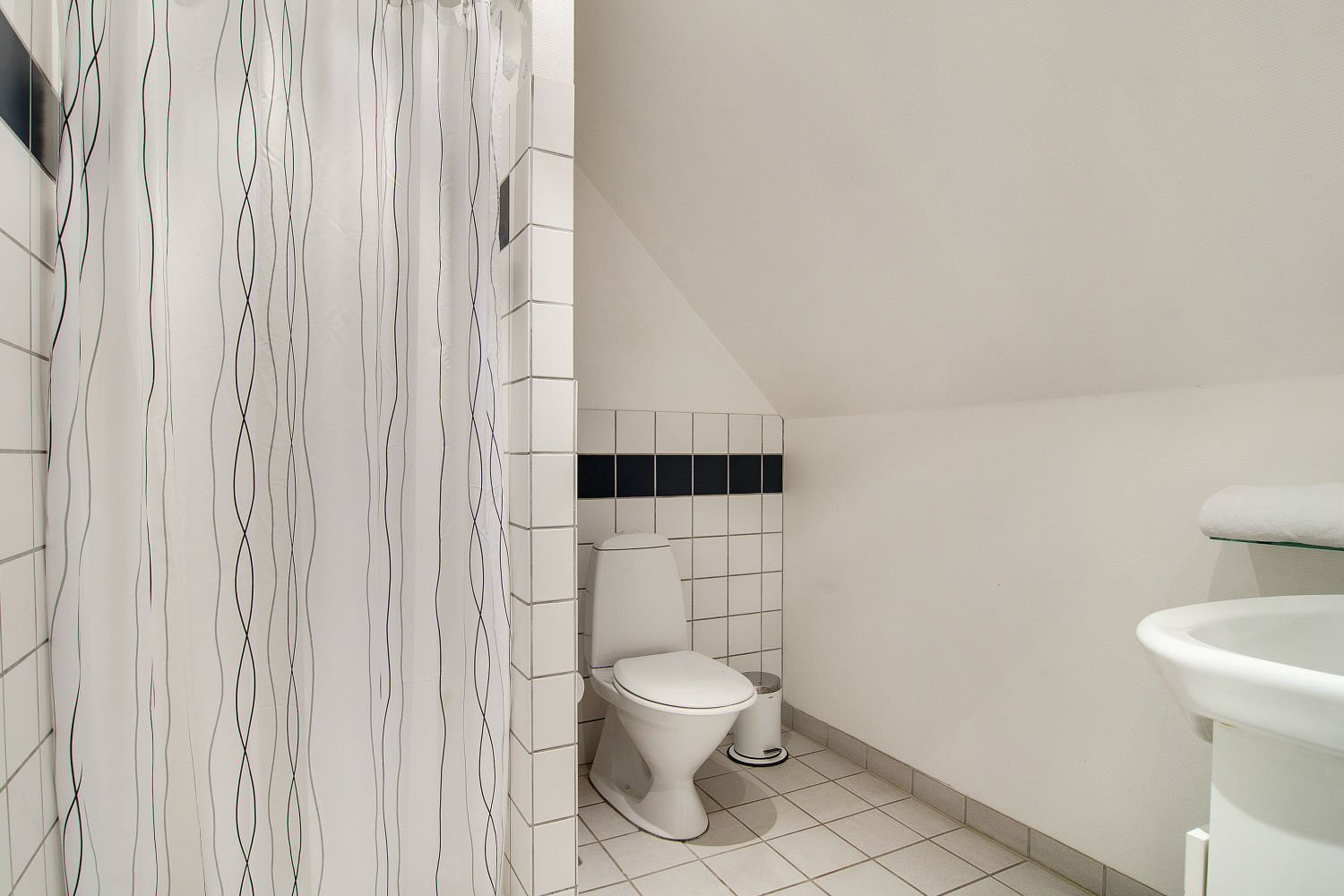 Bathroom in upper level flat